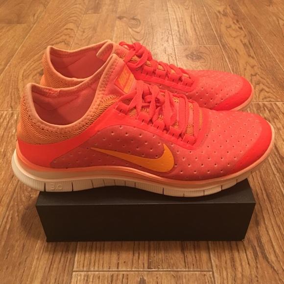 new product 6f9b8 761c3 [Nike] Free 3.0 V5 Women's Running Shoes (Used). M_5a4081f0c9fcdf2c31022c67